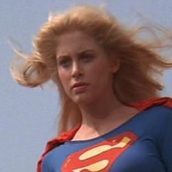 Super-Moça