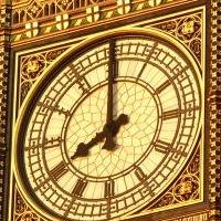 tradução e pronúncia das horas