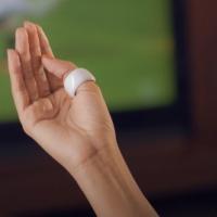 controle tecnológico com os dedos