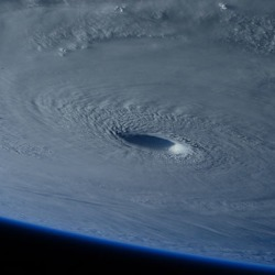 imagem do furacão