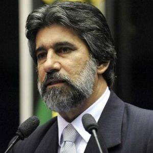PSDB e Globo decretam o fim do PMDB